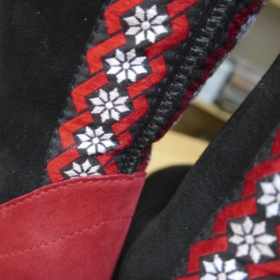 Black with red heels and embroidered braid-03