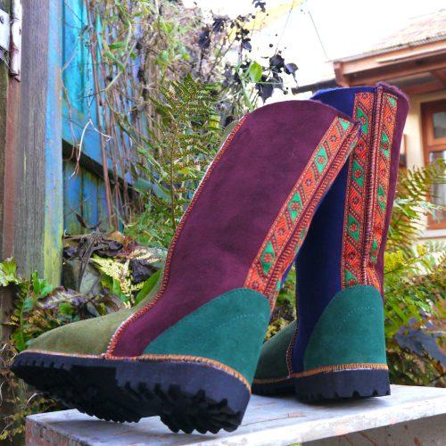 Sheepskin Boots in Damson Fern Moss Navy