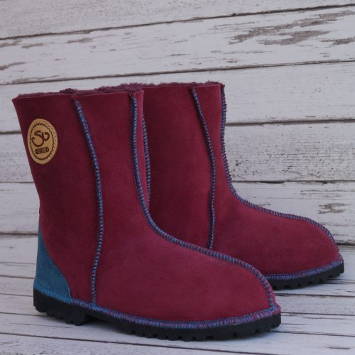 Sheepskin Boots in Wine with Embroidery