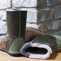 Sheepskin-Boots-in-Bark-and-Willow-e