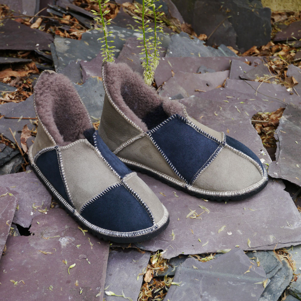 Sheepskin Slippers in Slate & Vole