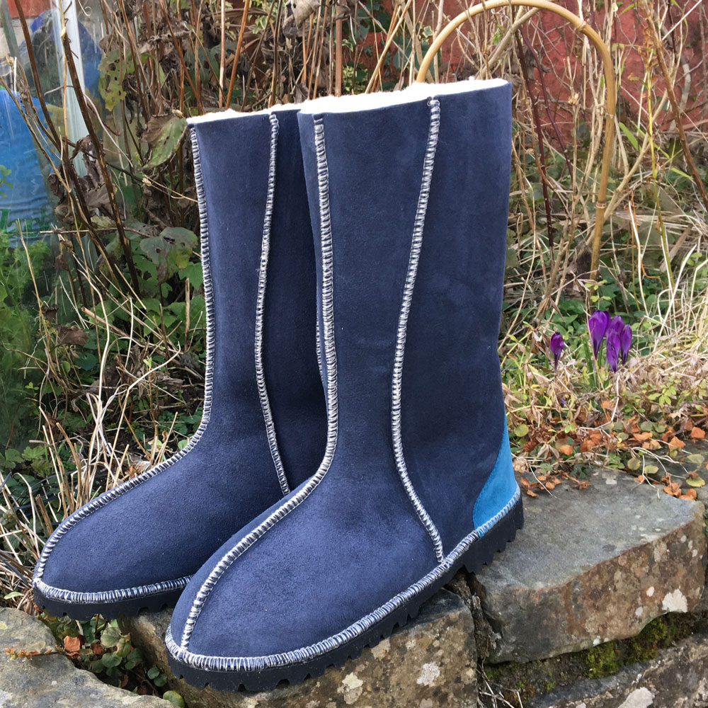 Sheepskin Boots Calf Height in Slate