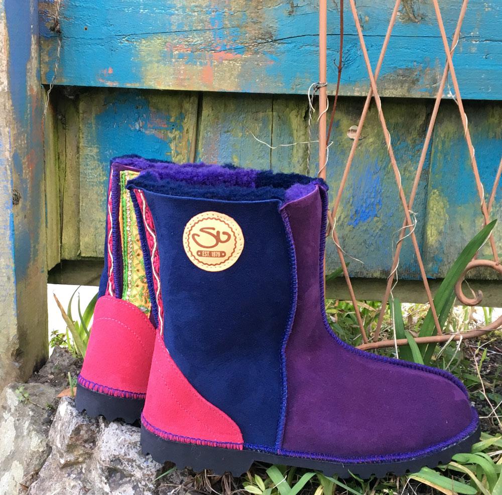 Sheepskin Boots in Navy & Purple