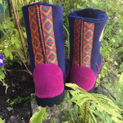 Genuine sheepskin boots in Navy