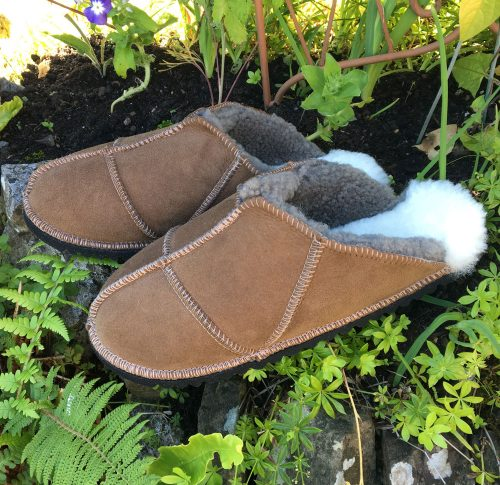 Women's Sheepskin Slippers - size 6