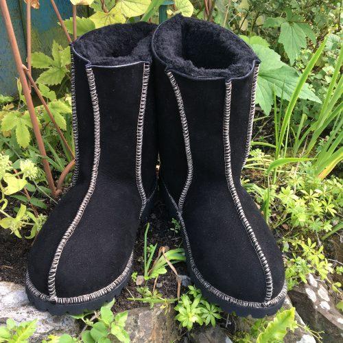 Women's Black Sheepskin Boots