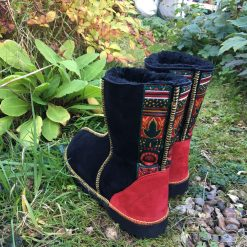Sheepskin Boots Black with Braid