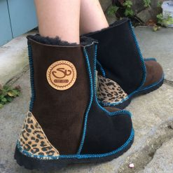 Kid's Sheepskin Boots Black Mocca Leopard