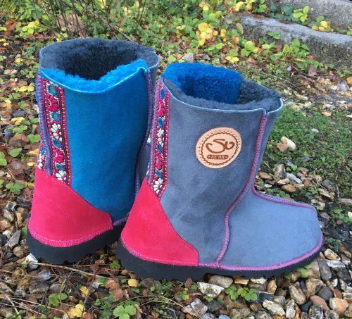 Sheepskin Boots Grey Ocean Pink