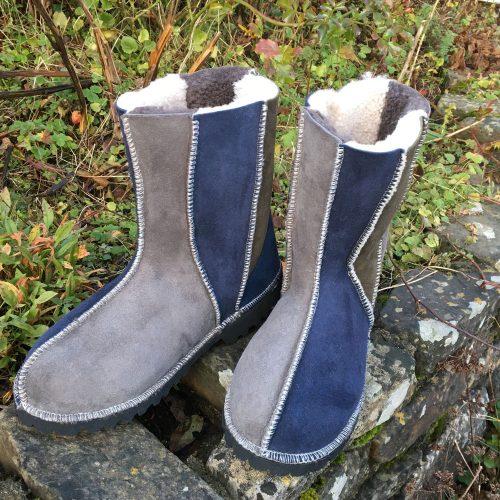 Sheepskin Boots Grey Navy Willow