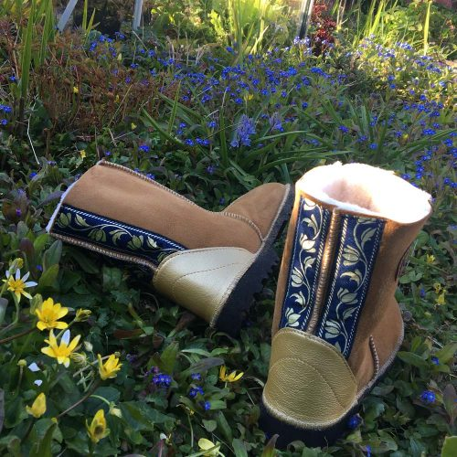 Natural Sheepskin Boots touch of gold