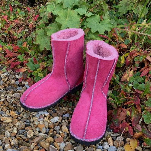 Embroidered Sheepskin Boots Pink