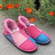 Sheepskin-Slippers-pink-ocean-embroidery