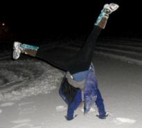 winter handstand