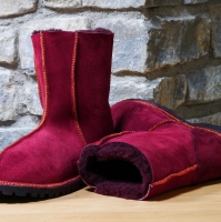 Sheepskin-Boots-in-Wine