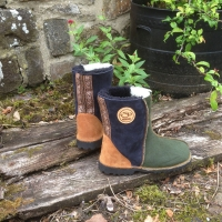 Sheepskin-Boots-in Fern & Indigo